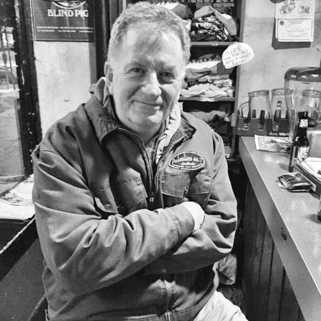 Pete Watters The Zoo Bar